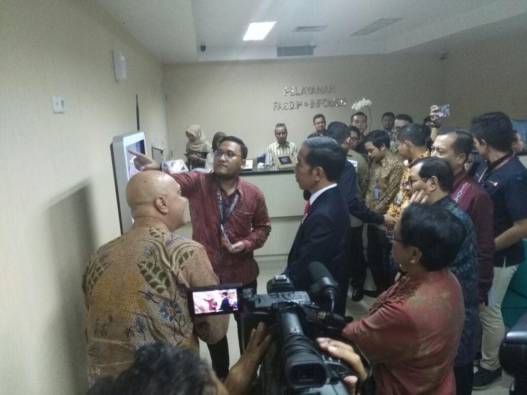 Tingkatkan Jaminan Keamanan WNI Jokowi Uji Coba Aplikasi Safe Travel