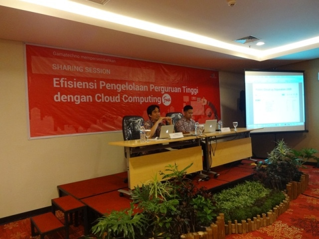 Sharing Penerapan Cloud Computing UGM