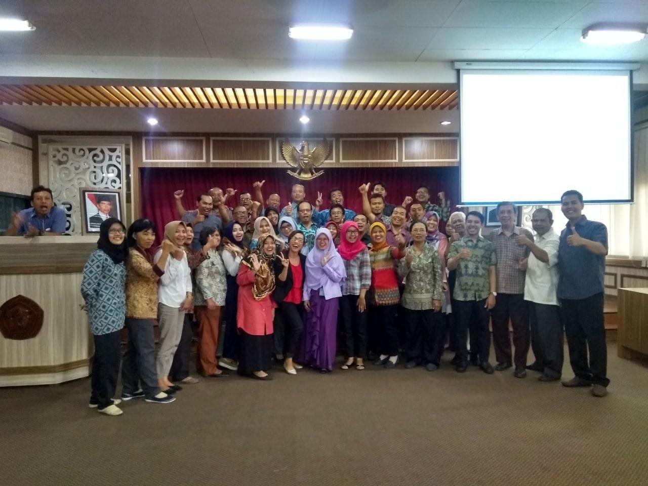 Pelatihan dan Serah Terima Pekerjaan Universitas 17 Agustus 1945 Semarang